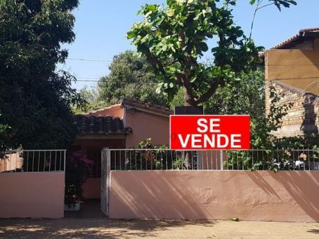 Vendo Casa En Barrio San Pablo ! Frente A La Plaza En 450 Millones !