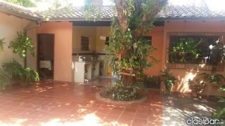 A Dos C/ De Sta Trinidad - Hermosa Casa