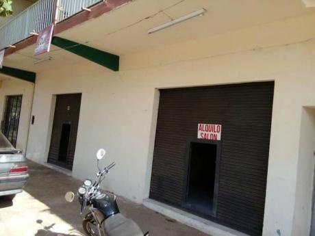 Alquilo SalÓn Comercial Zona De Alto Movimiento Sobre La Calle BoquerÓn!!