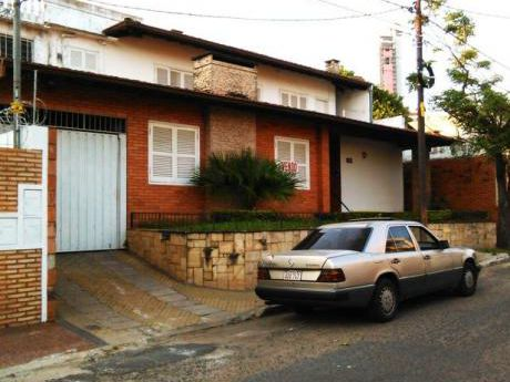Vendo Residencia- Barrio Las Mercedes