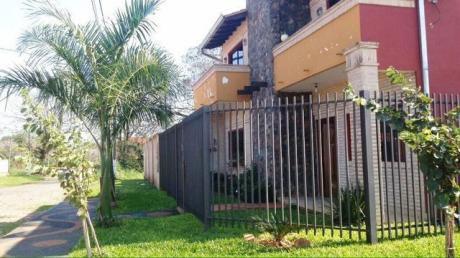 Vendo Casa En Luque Zona Colegio De Policia