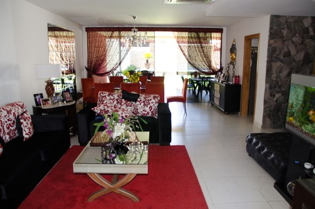 Vendo Casa Con Muebles En Zona Radio ñanduti