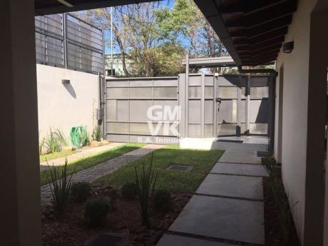 Vendo Hermosa Casa En Barrio Mcal Estigarribia – Sobre Facundo Machain