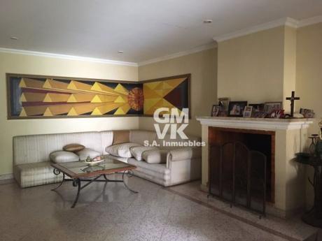 Vendo Propiedad En Barrio Mburucuya, Zona Residencial
