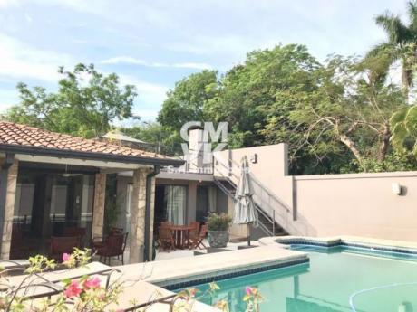 Vendo Hermosa Casa En San Bernardino A Cuadras Del Club Nautico San Bernardino