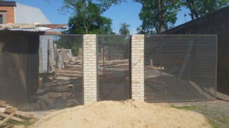 Vendo Terreno Con Edificacion Para Duplex En Lambare ñasaindy