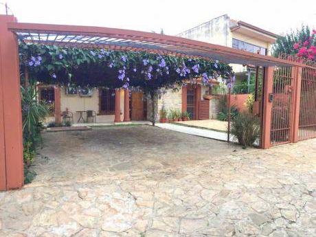Casa - Los Laureles