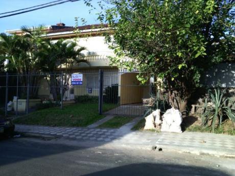 Bº Manora, Amplia Casa Para Vivienda U Oficina