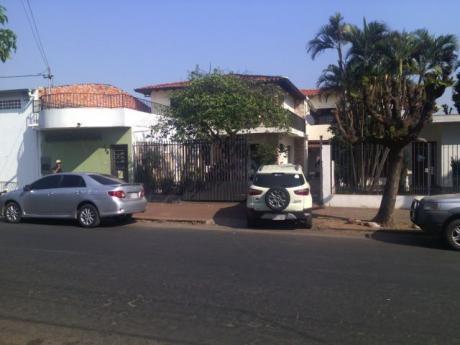 Hermosa Casa En Luque Con Piscina - 4to Barrio Sobre Asfalto