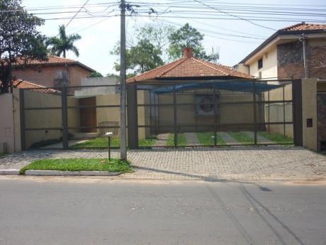 Hermosa Casa Zº Centro Paraguayo Japones
