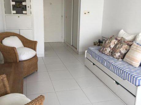 Venta - Alquiler Temporada 2017 - Apartamento 1 Dormitorio Playa Mansa, Punta Del Este