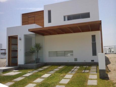 Linda Casa De Playa En Condominio En Venta En Playa Puerto Madero, Impecable