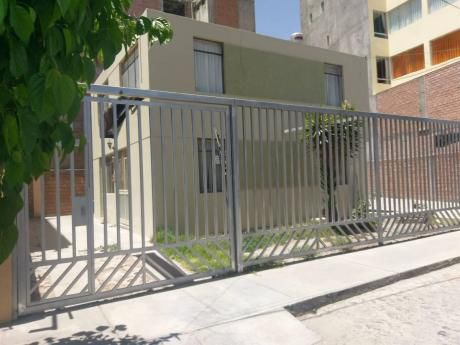 Se Alquila Casa Sin Amoblar En Jose Luis Bustamante Rivero - #032