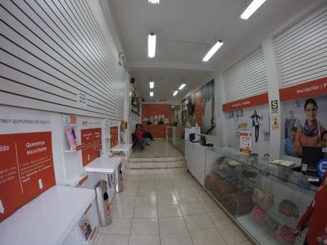 Alquiler De Local Comercial Puerta A Calle