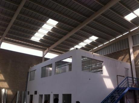 Almacenes O Hangares Industriales, Galpones Industriales En Lurín
