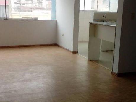 Exclusivo Flat En Edificio Residencial Ubicados Céntrica Zona De Pueblo Libre