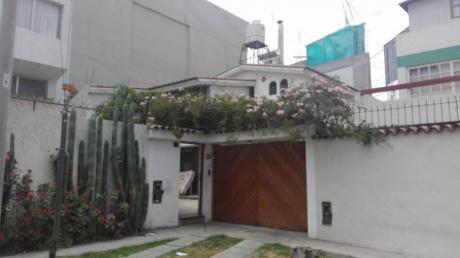 Alquilo Amplia Casa Para Empresas área 380 M2 - Cayma