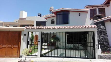 Linda Y Amplia Casa En Alquiler En Urb Yanahuara