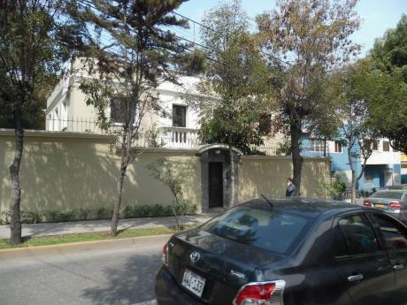 Alquilo Casa Para Empresa Area 435 M2 - Vallecito