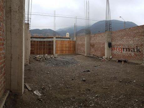 Casa En Construcción - Manchay