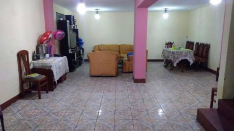 Id - 56026 Se Vende Hermosa Casa Muy Bien Ubicada En San Juan De Lurigancho!