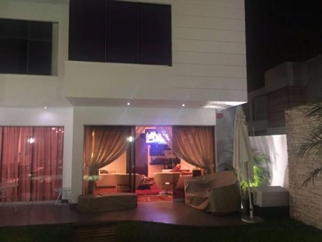 Hermosa Casa En Condominio - La Molina