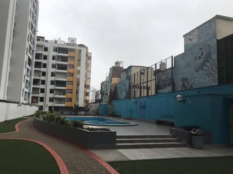 Departamento En Condominio - En Plena Av Brasil
