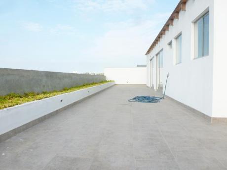 Venta San Isidro Duplex Penthouse Estreno, 4 Dorm., Terraza Grande