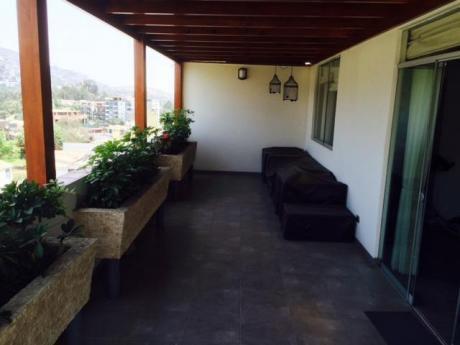 Ocasión, Lindo Penthouse En Monterrico. Antes $420,000, Ahora $389,000