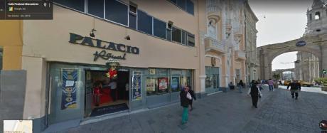 Edificio Comercial De 04 Pisos A Pasos Del Centro Histórico (rh)