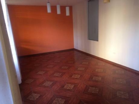 Amplio Departamento En Alquiler En Piedra Santa.