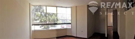 Oficina O Consultorio Excelente Ubicacion, 2 Ambientes Y Recibidor, Yanahuara