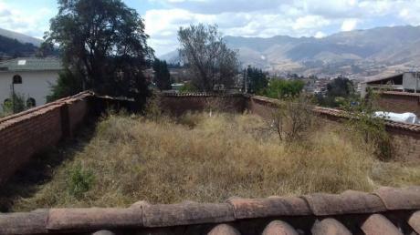 Hermoso Terreno Cercado De 2 Frentes Con Vista A La Ciudad