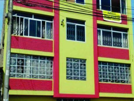 Vendo Edificio – 3 Pisos – Urb. Palermo