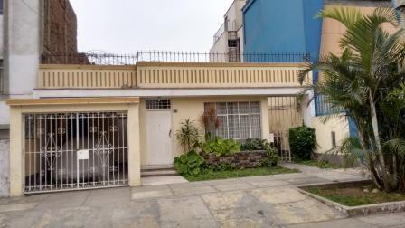 Casa Como Terreno + Terreno Colindante En Pueblo Libre - Precio Negociable