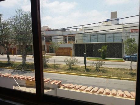 Se Alquila Casa - At. 150 M2 - Santa Victoria - Zona Residencial Chiclayo