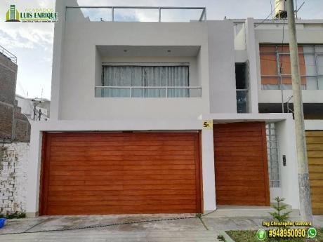 Hermosa Casa 03 Pisos,160 M2,300 M2, 05 Hab, Urb. El Golf ¡tienes Que Verla!