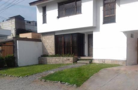 Casa En Venta - Urb. Monterrico La Molina