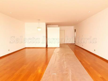 Precioso Departamento Sin Muebles - 3 Dorm. - 200 M2 - Miraflores