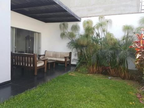 Casa Condominio Monterrico Chico - Urb. Santa Teresa