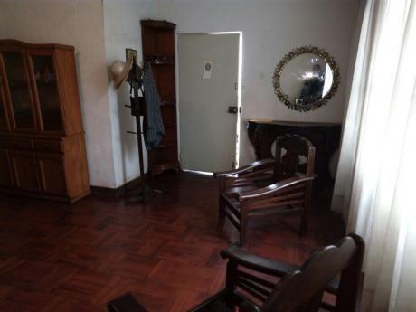 Casa Para Remodelar Bien Ubicada