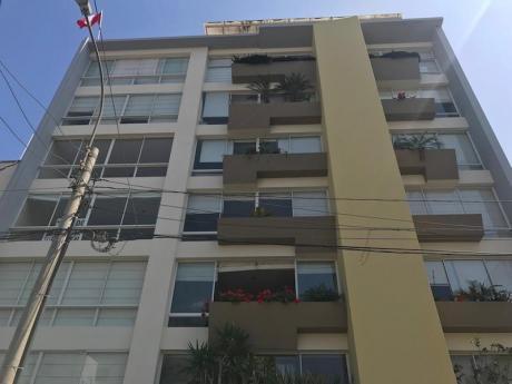 Duplex Amoblado Y Equipado 2 Dorm., Cerca A Larco Mar, 2 Cocheras