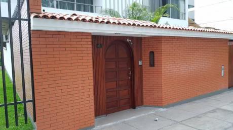 Alquiler Para Consultorio U Oficina A Puerta Cerrada En San Borja Norte
