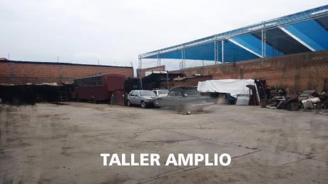 Para Talleres O Empresas Transporte Vendo Casa Mas Taller - Media Cuadra Av Kenedy
