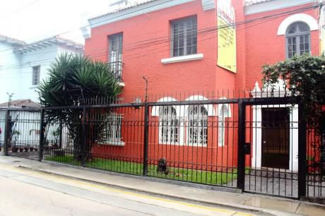 Alquilo Casa De 601 M2 A $5.800 Zona Comercial En San Isidro