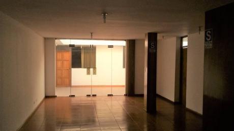 Alquilo Casa De 9 Habitaciones En Jlb Y Rivero Cerca De La Avda. Dolores.