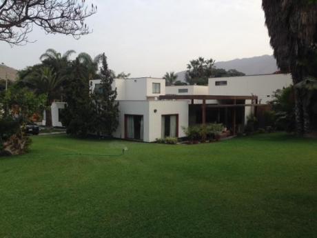 Casa En Condominio La Planicie 1era Etapa - Remodelada