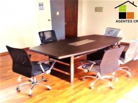 Cómoda, Alquiler Oficina Y En Excelente Ubicación En El Centro De Miraflores