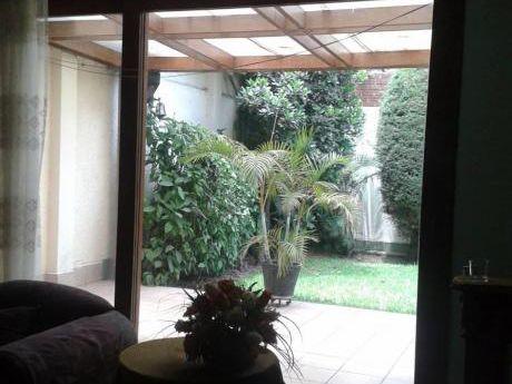 """""""venta De Hermosa Casa De 450 M2 Dos Pisos En Urb. Corpac San Isidro"""