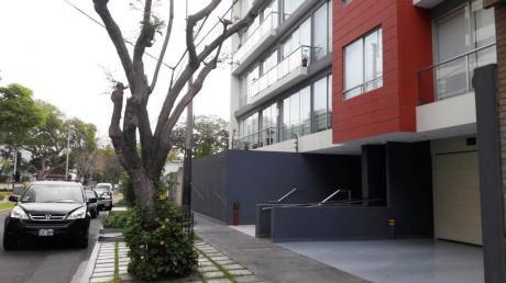San Isidro Exclusivo Dpto 1 Dormitorio 1.5 Baños 80 M2 2 Cocheras $850
